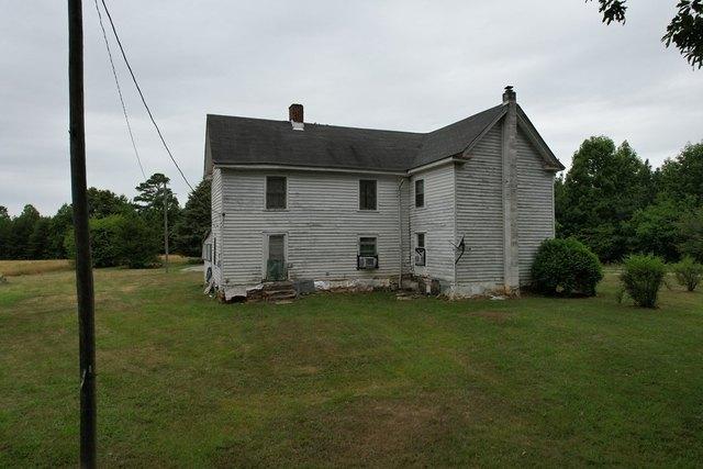 Farm land featured at 4143 Ridge Dr, Vernon Hill, VA 24577