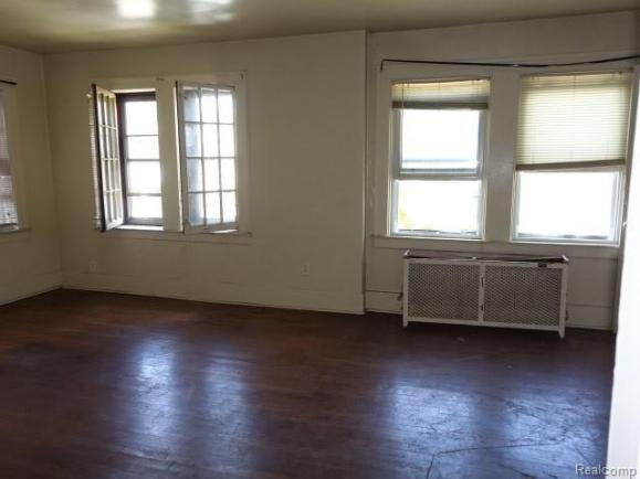 Living room featured at 2717 Burlingame St, Detroit, MI 48206