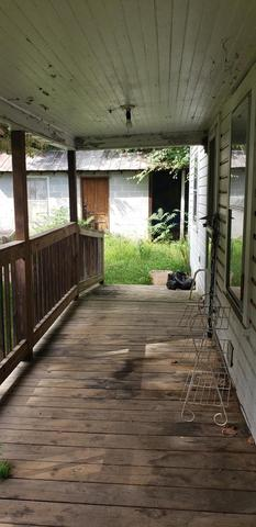 Porch featured at 101 Branch St, Galax, VA 24333