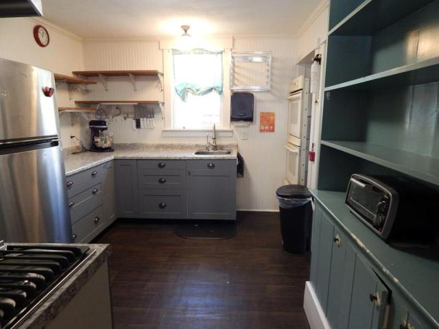 Kitchen featured at 214 and 216 N Greene Ave, Mountain Grove, MO 65711