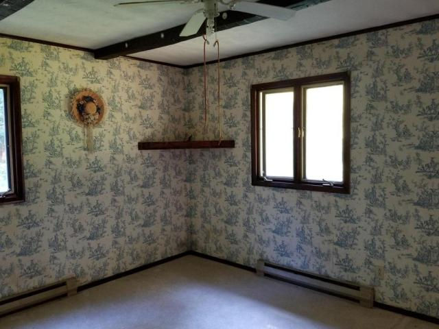 Bedroom featured at 142 Abbaguchee Ln, Richwood, WV 26261