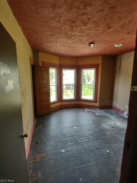 Property featured at 521 W 23rd St, Lorain, OH 44052