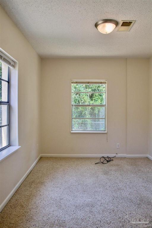 Bedroom featured at 126 Cavalier Dr, Pensacola, FL 32507