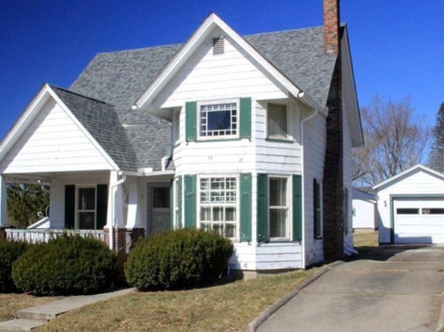House view featured at 219 Carver St N, Warren, PA 16365