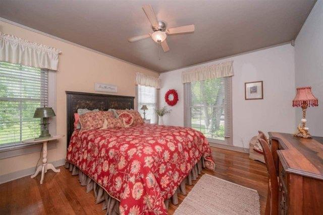 Bedroom featured at 713 Monroe St, Kilgore, TX 75662