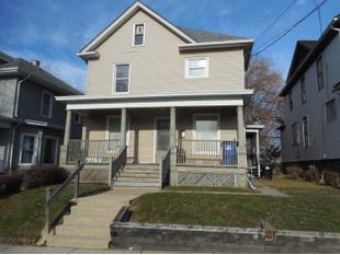 "<div></img>1012 Hamilton St</div><div>Racine, Wisconsin 53404</div>"" data-original=""/img/cdn/assets/layout/patch_white_bg.jpg"" data-recalc-dims=""1″></a></figure><div class="