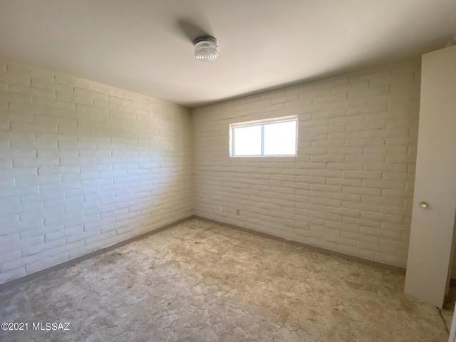 Bedroom featured at 440 W 5th St, Ajo, AZ 85321