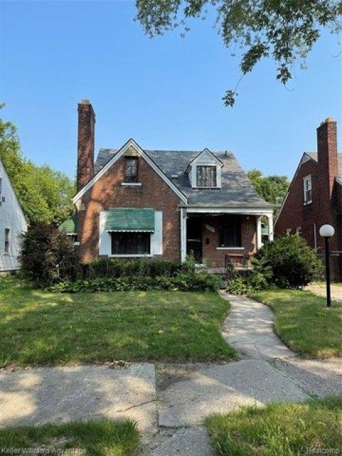 House view featured at 12339 Longview St, Detroit, MI 48213