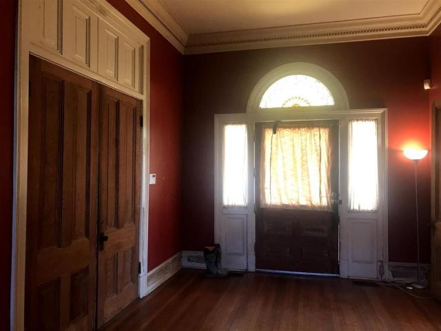 Property featured at 419 E Broadway St, Yazoo City, MS 39194