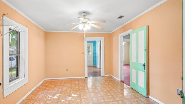 Property featured at 536 Miller St, Hattiesburg, MS 39401