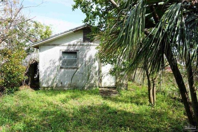 Farm land featured at 409 N B St, Pensacola, FL 32501