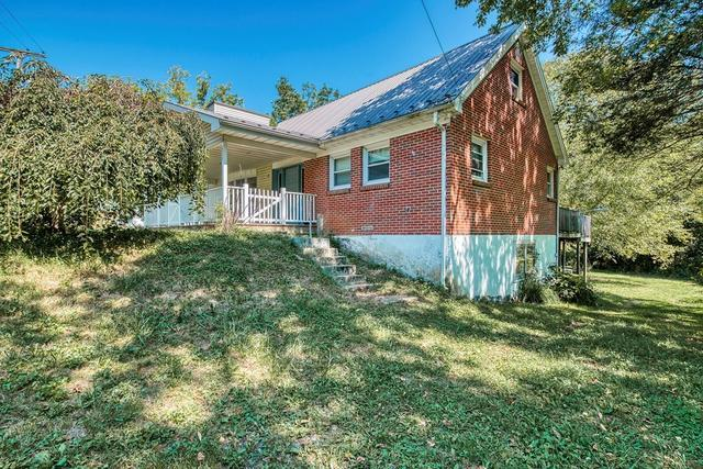House view featured at 139 Lick Skillet Rd, Saltville, VA 24370