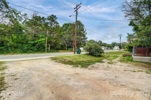 Road view featured at 166 Pinckney St, Chester, SC 29706
