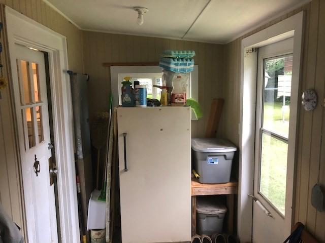 Laundry room featured at 209 E Allen St, Leslie, GA 31764