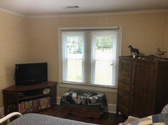 Bedroom featured at 209 E Allen St, Leslie, GA 31764