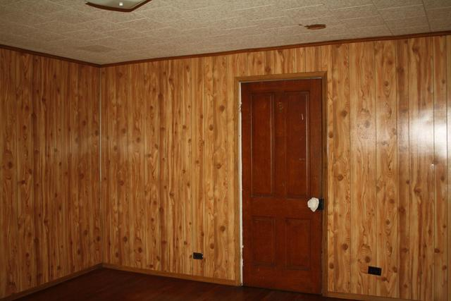 Property featured at 711 Temple St, Hinton, WV 25951