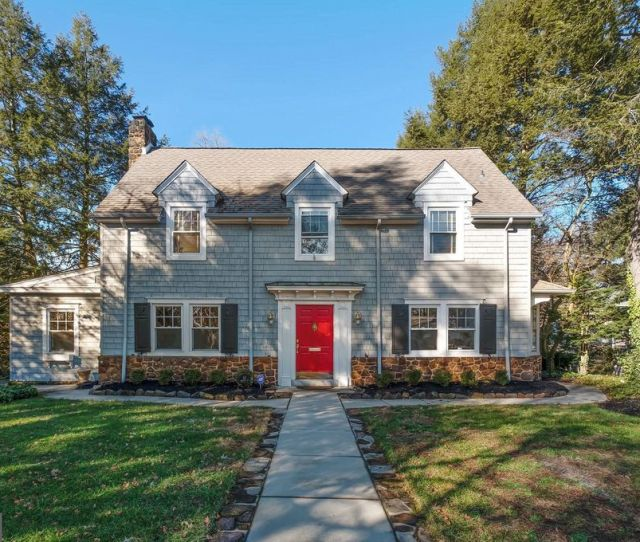 42 Lakeview Dr Moorestown Nj 08057