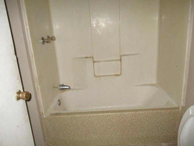 Bathroom featured at 360 5th St, Cedartown, GA 30125