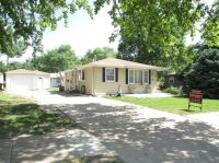 724 Griffith Dr, Manhattan, KS 66502 - realtor.com