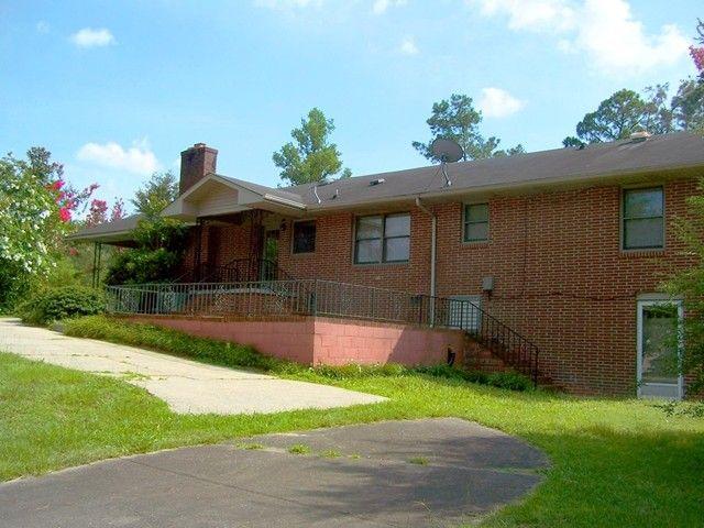 305 Park Cir Pink Hill NC 28572