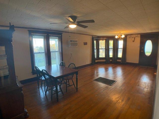 Living room featured at 509 W Church St, Logan, KS 67646