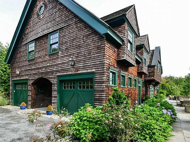 Photo via Lila Delman Real Estate