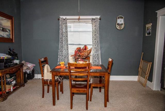 Dining room featured at 305 Westminster Pl, Independence, KS 67301
