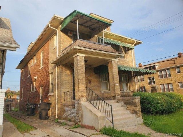 House view featured at 7400 Prairie St, Detroit, MI 48210
