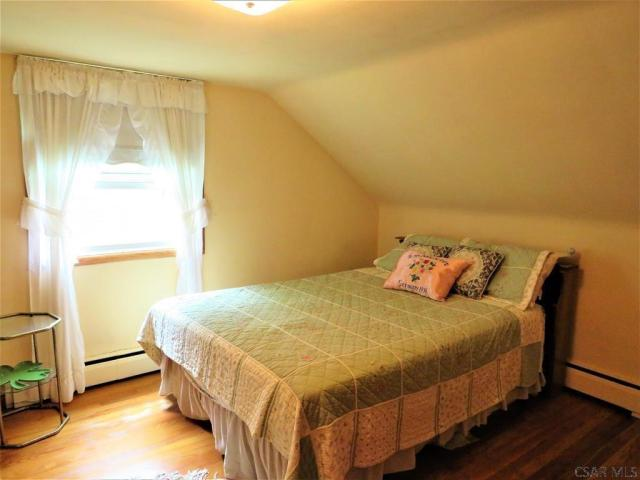 Bedroom featured at 409 Yeoman St, Johnstown, PA 15906