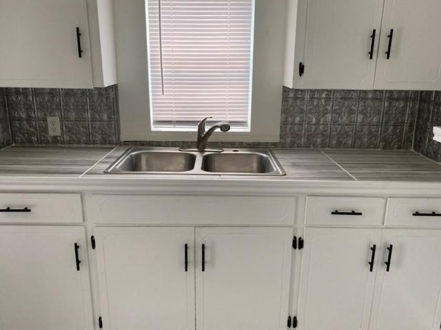 Kitchen featured at 605 W Huisache Ave, Kingsville, TX 78363