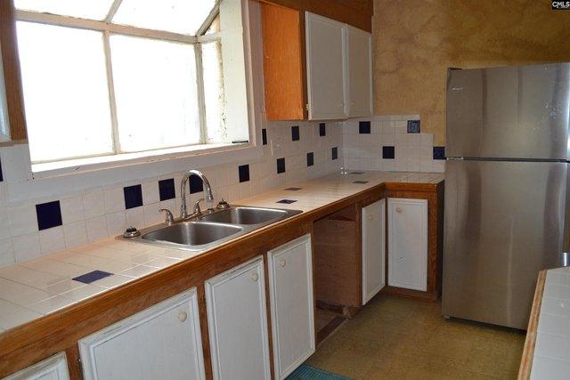 Kitchen featured at 956 N Edisto Rd, Leesville, SC 29070