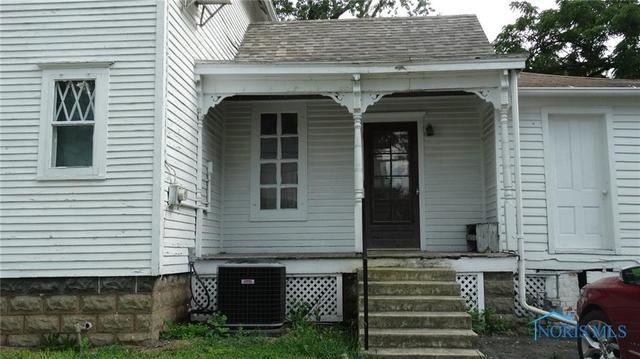 Porch featured at 207 N Main St, Antwerp, OH 45813