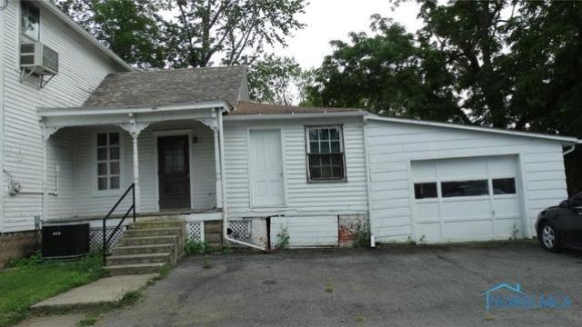 House view featured at 207 N Main St, Antwerp, OH 45813