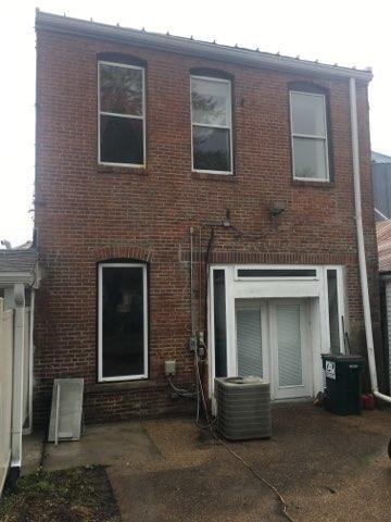Porch yard featured at 119 Main St, Pilot Grove, MO 65276