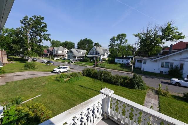 Road view featured at 605 S 5th St, Moberly, MO 65270