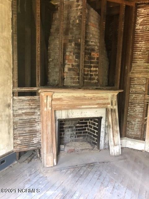 Porch featured at 300 Vance St NE, Wilson, NC 27893