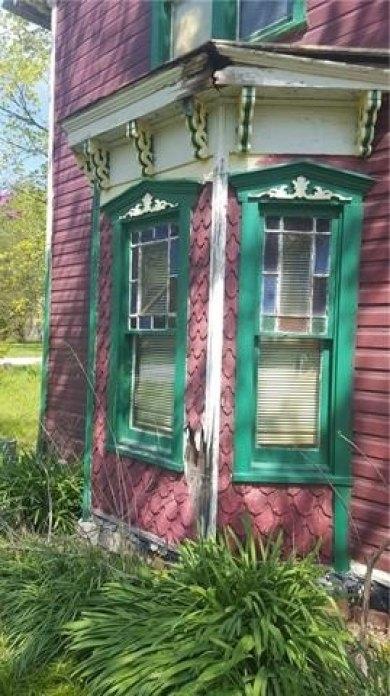 Porch featured at 300 N 1st St, Kincaid, KS 66039
