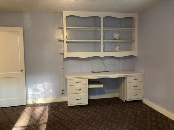 Bedroom featured at 121 Park Ave, Olanta, SC 29114
