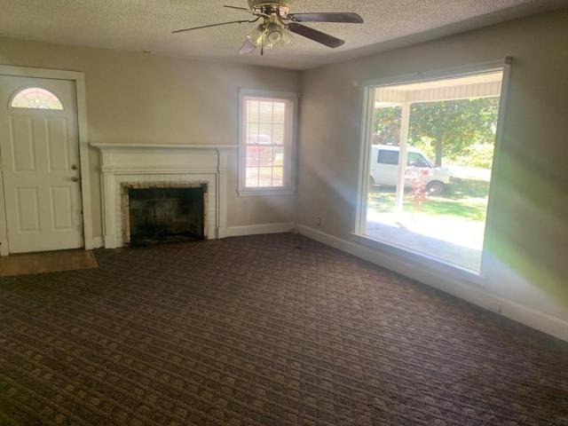 Living room featured at 121 Park Ave, Olanta, SC 29114