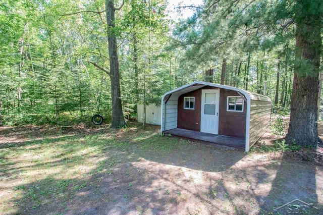 House view featured at 2647 S Whitney Beach Rd, Beaverton, MI 48612