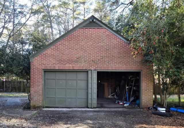 Garage featured at 1304 Western Ave, Rocky Mount, NC 27804