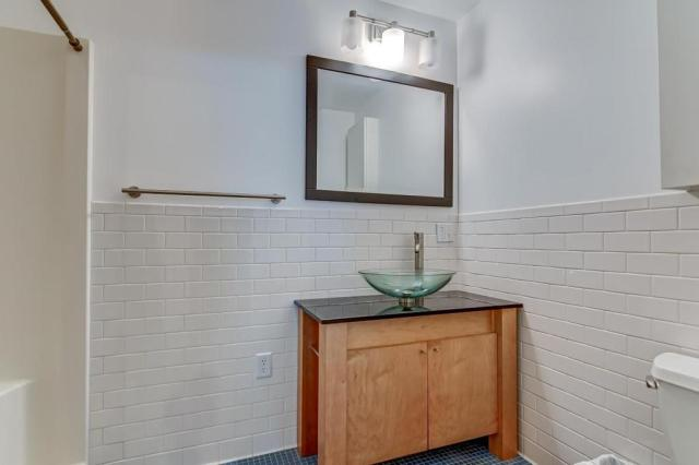 Bathroom featured at 300 W Allen St, Springfield, IL 62704
