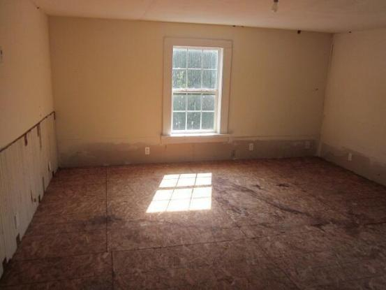 Living room featured at 8449 Museville Rd, Sandy Level, VA 24161