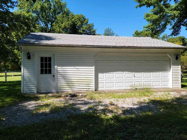 House view featured at 4400 Bergdolt Rd, Evansville, IN 47711