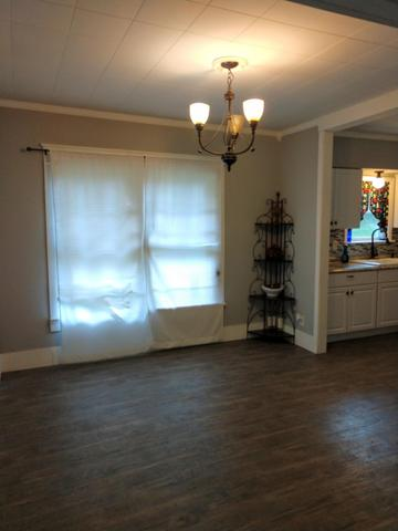 Dining room featured at 553 Circle Dr, Western Grove, AR 72685