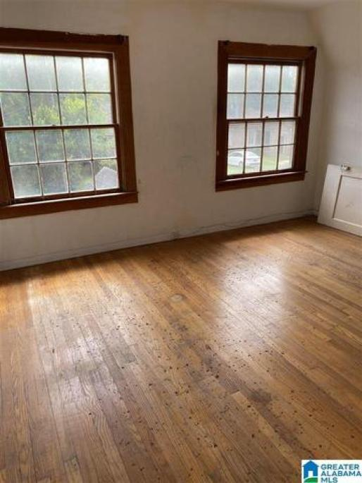 Living room featured at 421 Young St, Selma, AL 36701