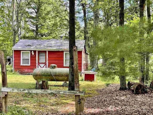 House view featured at 5339 Beals Dr, Prescott, MI 48756