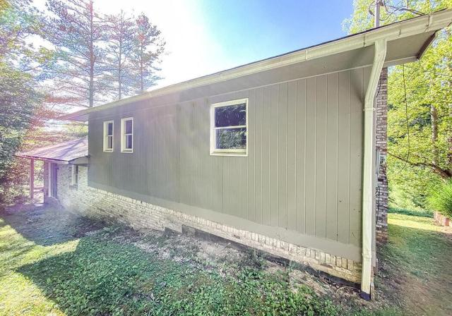 House view featured at 132 Cold Springs Dr, Appalachia, VA 24216