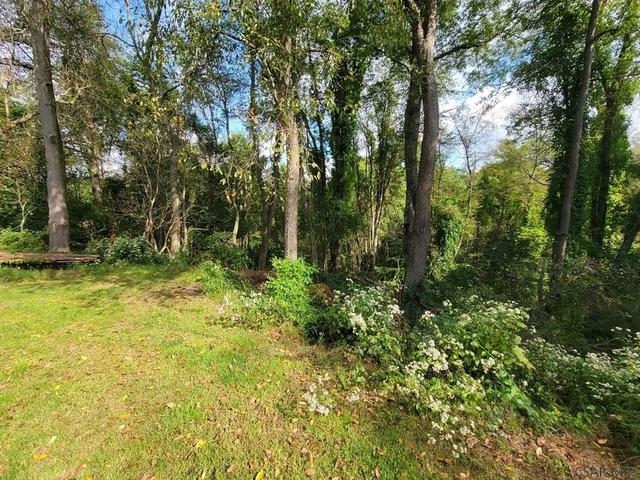 Farm land featured at 413 Prosser St, Johnstown, PA 15901