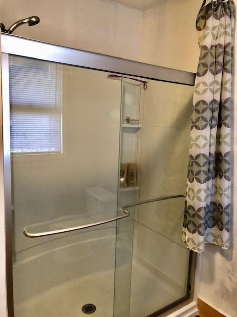Bathroom featured at 811 Gilmore St, Waycross, GA 31501